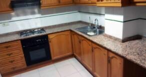 Semi-new flat on sale next to Jesús market – Ref. 274