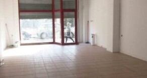 Commercial premise in good condition with mezzanine for rent in Jesús – Ref. A111