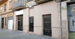 Investment: complete ground floor with patio on sale in Cuenca street – Ref. 310
