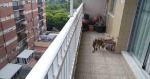 Piso luminoso y traquilo con balcón junto al parque de Enrique Granados – Ref. 324