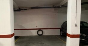 Wide garage on sale next to Jesús market – Ref. 328