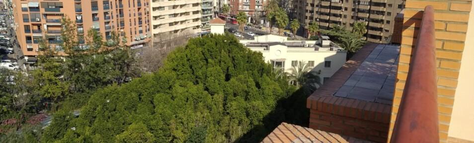 Ático dúplex con dos terrazas frente al parque de Giorgeta – Ref. 351