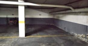 Very wide garage on sale next to Jesús market – Ref. 354