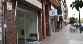 Bajo comercial en buen estado en alquiler en la calle San Vicente – Ref. A206