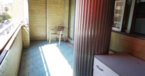 Amplia y luminosa vivienda con balcón en Archiduque Carlos – Ref. 382